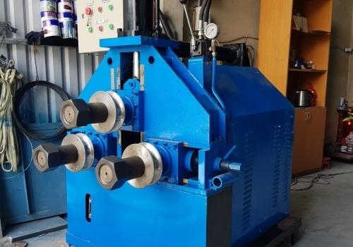 Máy uốn ống thủy lực 3 trục D114