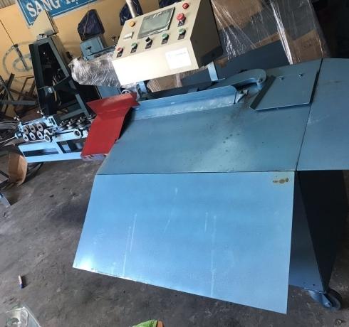Máy bẻ đai sắt cải tiến tự động
