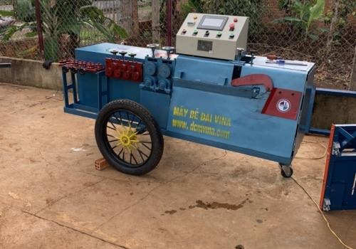 Máy bẻ đai sắt test tại nhà khách hàng Đại Phước
